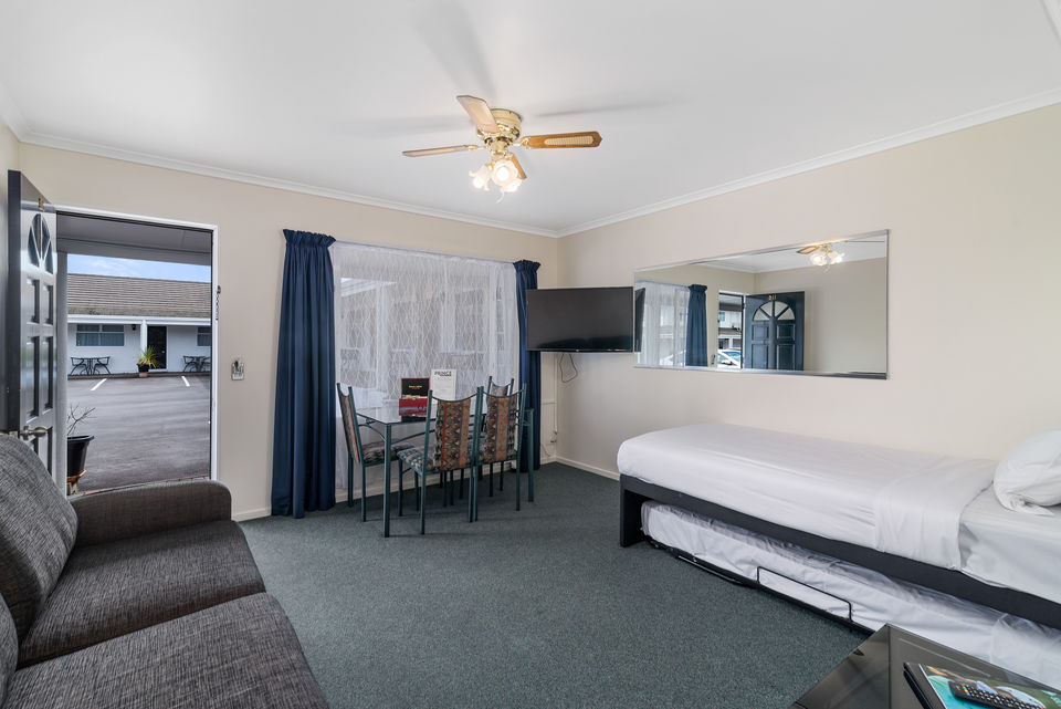 Taupo Accommodation with Spa
